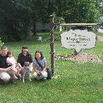 The Inn on Maple Street Bed & Breakfast resmi