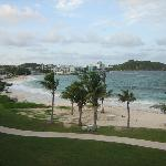  we stayed at the Westin for two nights on Dawn beach...liked mullet bay better