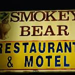 Foto van Smokey Bear Motel