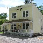 Photo de Moore's Old Pine Inn