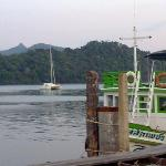 Fishing boat and islands at Ao Salak Phet