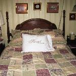Mildred's Bed and Breakfast resmi
