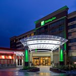 Welome to the beautiful Holiday Inn Denver Lakewood