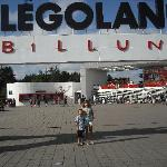 LEGOLAND Holiday Village resmi