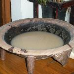 A tanoa of kava and a late night at the Lodge