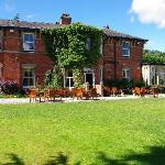 Foto van Bartle Hall Country Hotel and Restaurant