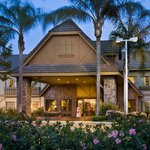 Magnuson Grand Boutique Suites Ontario Airport
