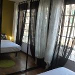 Glory Facade Guest House Foto