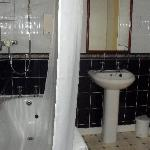 Toorak - Bathroom