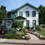 صورة فوتوغرافية لـ ‪Niagara's Emerald Falls Bed & Breakfast‬