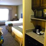Photo de Holiday Inn Express Hotel & Suites Pecos