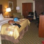 Photo de La Quinta Inn & Suites Cleveland Airport West