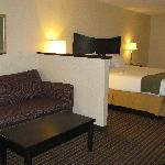 Holiday Inn Express London I-70 resmi