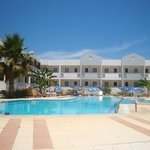 Olga's Paradise Hotel Apartments