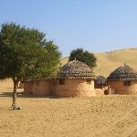 Photo de Khimsar Sand Dunes Village