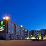 Holiday Inn Express Hotel &amp; Suites Pittsburgh West Mifflin