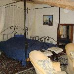 Four poster in Blue Room