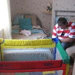  Cot, single bed, double bed