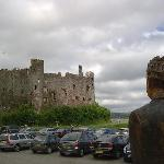  Laugharne Castle &amp; Dylan Thomas