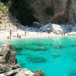  A Cala Mariolu con il barcone