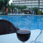  Evening glass of wine on the terrace by the pool. Blissful evenings!