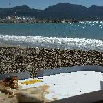 Plage du Prado and our pizza
