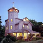 Oak Bluffs Inn