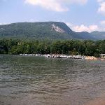 Rumbling Bald Resort on Lake Lureの写真