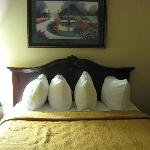  queen bed 1 note the unusual pillow placement
