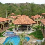 ‪Las Brisas Resort and Villas‬