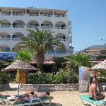  Kintes Beach Hotel