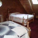 Here's a good view of the beds in the loft...