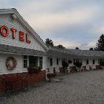 Photo of Profile Deluxe Motel
