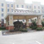 Holiday Inn Express and Suites Huntesville NC
