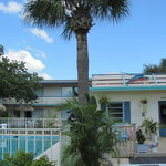 Sea Spray Inn