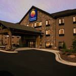Comfort Inn &amp; Suites Blue Ridge