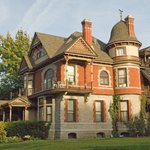 E.J. Roberts' Mansion Bed and Breakfast