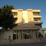  Hotel Edom