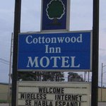 Cottonwood Inn Motel Pocahontasの写真