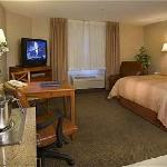 Photo de Candlewood Suites Houston, The Woodlands
