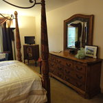 Lakeview Manor B&B