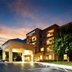 Courtyard By Marriott Hanes Mall