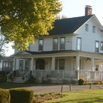 Cross Roads Inn Bed and Breakfast