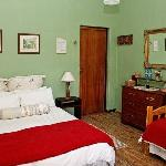  Room 3, en suite, double and single bed