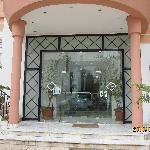 Photo of Hotel Ariha