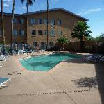 Photo de Days Hotel Mesa Country Club