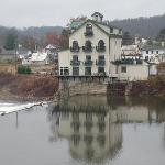 Stockport Mill Country Inn resmi