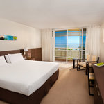 ‪Mercure Cairns Harbourside‬