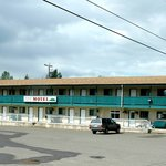 Robber's Roost Motel