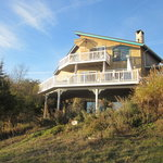 A Cayuga Lakefront Bed & Breakfast